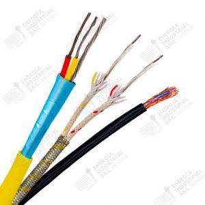 Cables con diferentes polos